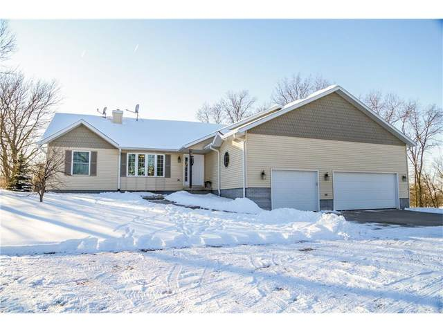 1999 Heritage Avenue, Winterset, IA 50273 (MLS #554926) :: Better Homes and Gardens Real Estate Innovations