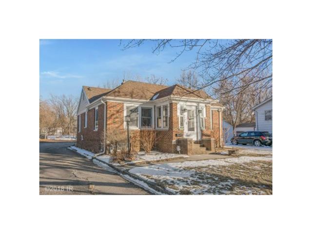 3835 40th Street, Des Moines, IA 50310 (MLS #555299) :: Moulton & Associates Realtors