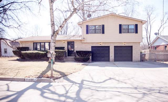 6808 Timmons Drive, Windsor Heights, IA 50324 (MLS #555963) :: Colin Panzi Real Estate Team