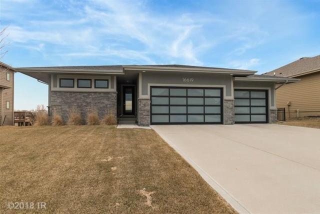 16619 Dellwood Drive, Clive, IA 50325 (MLS #556714) :: Colin Panzi Real Estate Team