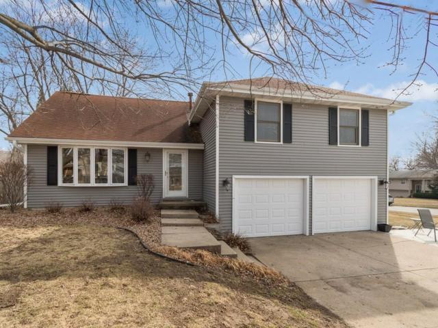 701 42nd Street, West Des Moines, IA 50265 (MLS #556982) :: Moulton & Associates Realtors