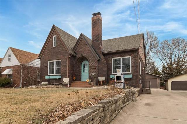 1655 Beaver Avenue, Des Moines, IA 50310 (MLS #557008) :: Moulton & Associates Realtors