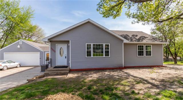 1202 Burnham Avenue, Des Moines, IA 50315 (MLS #560770) :: Moulton & Associates Realtors