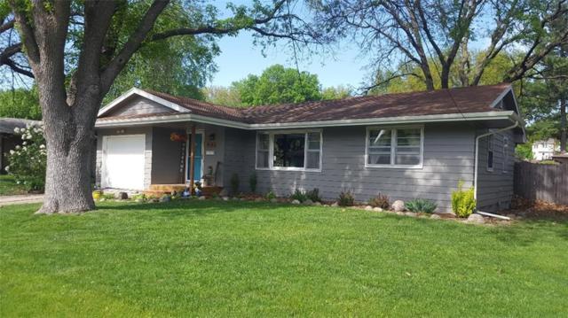 4913 Lawnwoods Drive, Des Moines, IA 50310 (MLS #561180) :: Moulton & Associates Realtors