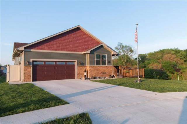 407 Lacy Circle NE, Mitchellville, IA 50169 (MLS #561287) :: Moulton & Associates Realtors