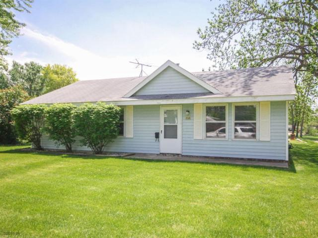 716 E Filmore Street, Winterset, IA 50273 (MLS #561324) :: Moulton & Associates Realtors