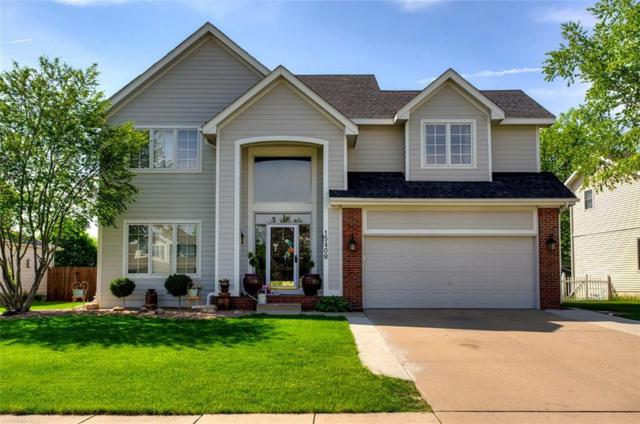15408 Ridgeview Drive, Clive, IA 50325 (MLS #561386) :: Better Homes and Gardens Real Estate Innovations