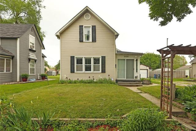 2524 E Walnut Street, Des Moines, IA 50317 (MLS #561644) :: Better Homes and Gardens Real Estate Innovations