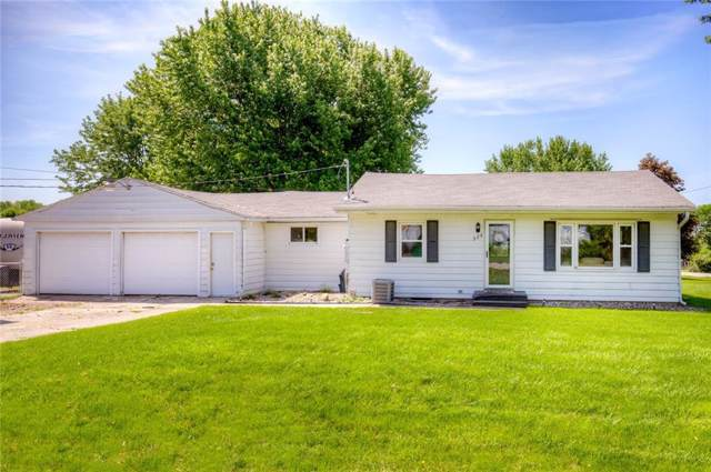 325 NE 56th Avenue, Des Moines, IA 50313 (MLS #562009) :: Pennie Carroll & Associates