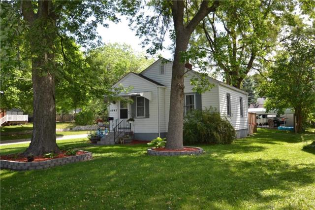 4045 Oxford Street, Des Moines, IA 50313 (MLS #562039) :: Pennie Carroll & Associates
