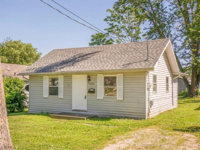 1302 Bundy Street, Des Moines, IA 50315 (MLS #562265) :: Colin Panzi Real Estate Team