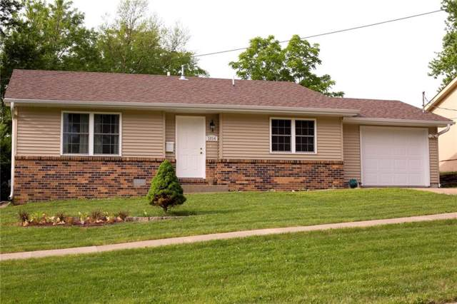 1014 E Washington Street, Knoxville, IA 50138 (MLS #562781) :: Moulton & Associates Realtors