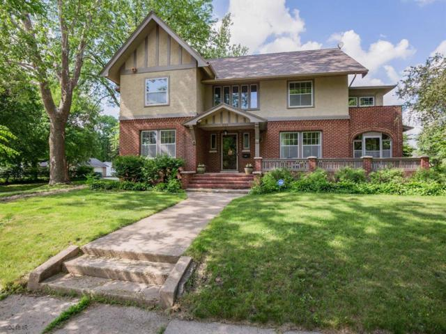 303 J Avenue, Nevada, IA 50201 (MLS #562878) :: Moulton & Associates Realtors