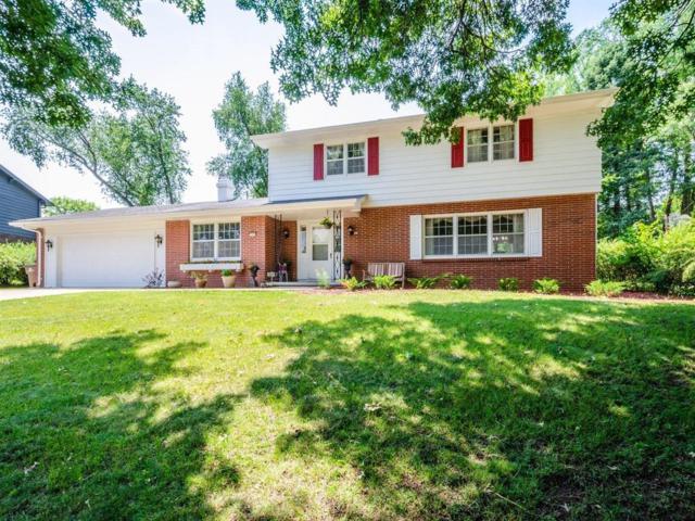 1804 80th Street, Windsor Heights, IA 50324 (MLS #562992) :: Colin Panzi Real Estate Team