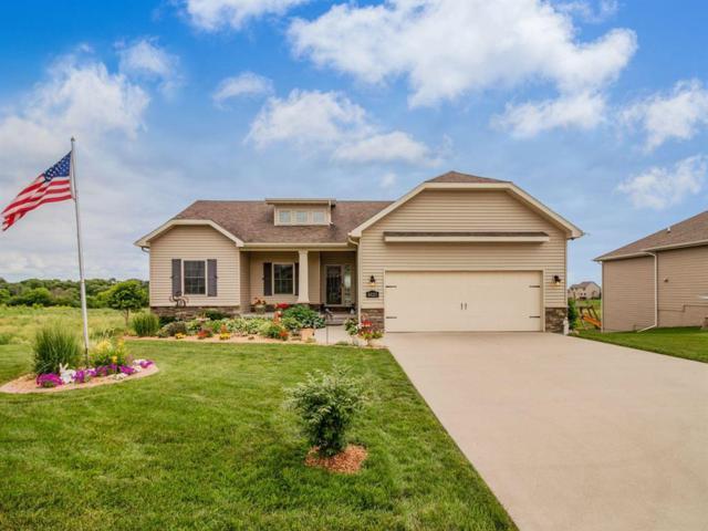 6025 Robin Road, Pleasant Hill, IA 50327 (MLS #563352) :: Colin Panzi Real Estate Team