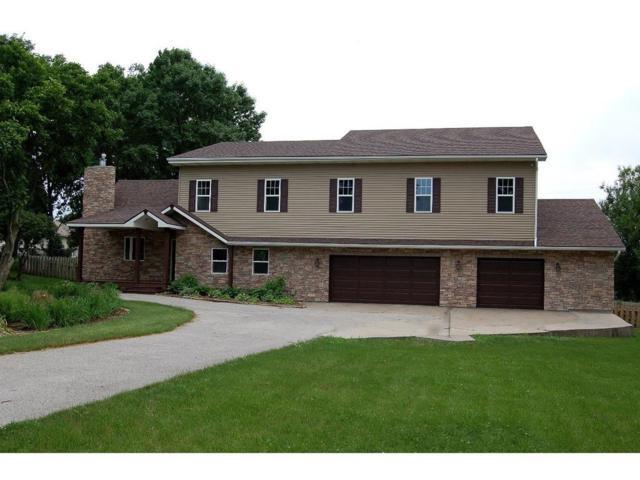 5851 E Oakwood Drive, Pleasant Hill, IA 50327 (MLS #563380) :: Colin Panzi Real Estate Team