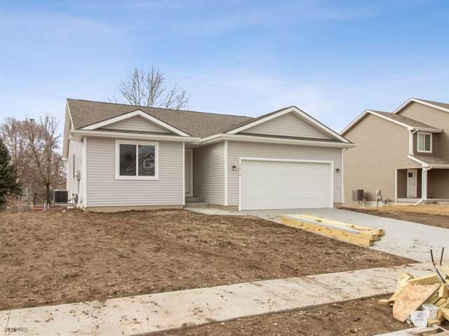 2016 2nd Street SW, Altoona, IA 50009 (MLS #563648) :: Colin Panzi Real Estate Team