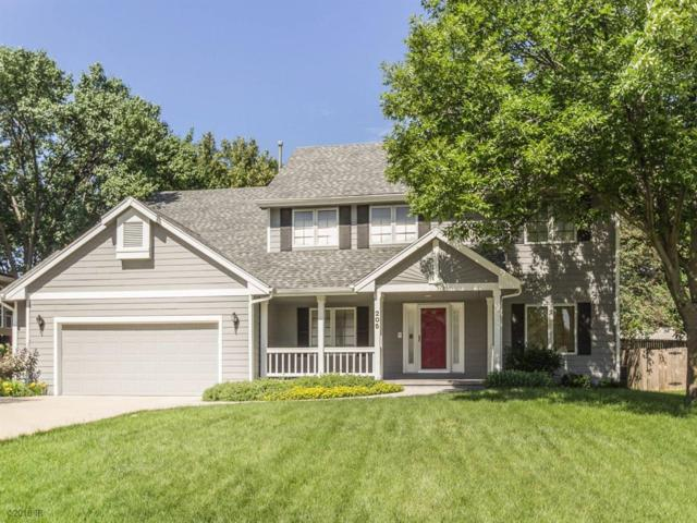 205 S 29th Street, West Des Moines, IA 50265 (MLS #563683) :: Colin Panzi Real Estate Team