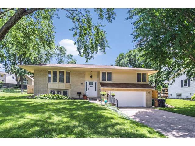 2606 Woodland Avenue, West Des Moines, IA 50266 (MLS #563808) :: Colin Panzi Real Estate Team
