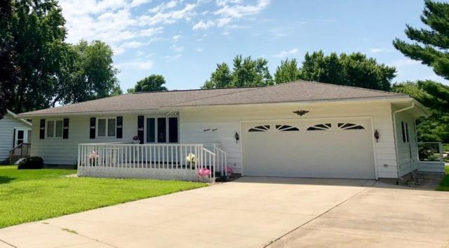1315 Meadowbrook Lane, Waverly, IA 50677 (MLS #565157) :: EXIT Realty Capital City