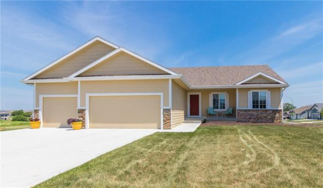 905 NW Seasons Drive, Ankeny, IA 50023 (MLS #565360) :: Pennie Carroll & Associates