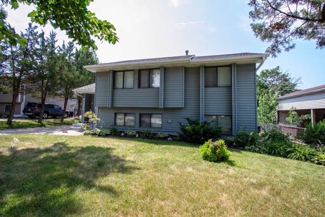4239 E Clinton Avenue, Des Moines, IA 50317 (MLS #565419) :: Better Homes and Gardens Real Estate Innovations