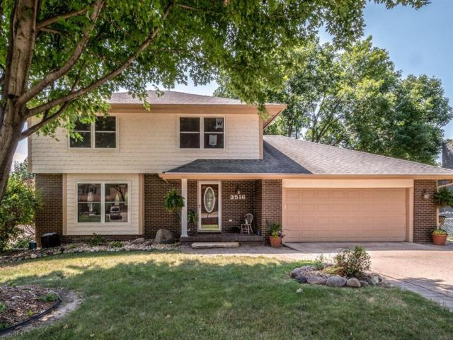 3516 Maple Street, West Des Moines, IA 50265 (MLS #565733) :: Pennie Carroll & Associates