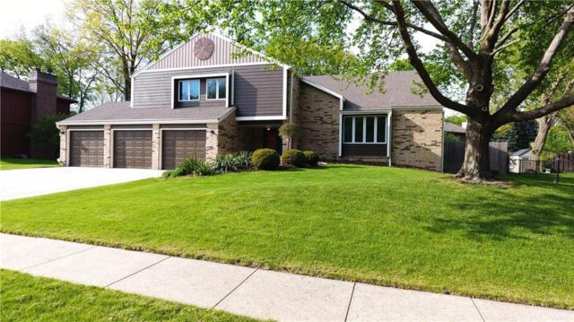 3701 Aspen Drive, West Des Moines, IA 50265 (MLS #567584) :: Moulton & Associates Realtors