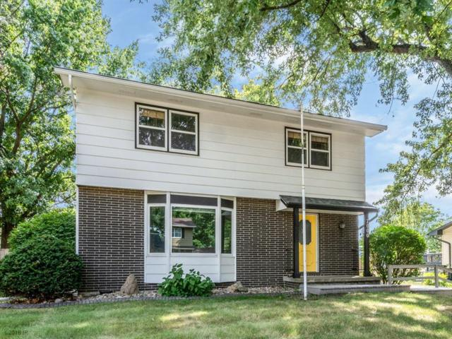 7000 Twana Drive, Urbandale, IA 50322 (MLS #567636) :: Better Homes and Gardens Real Estate Innovations