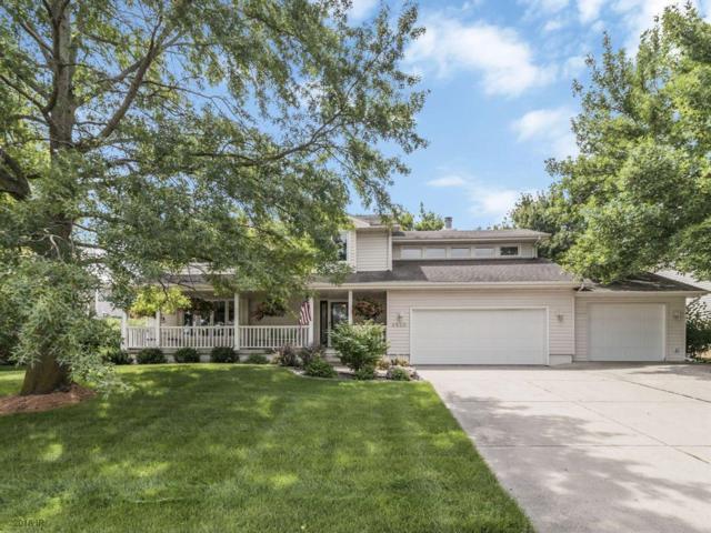 2520 Country Side Place, West Des Moines, IA 50265 (MLS #567664) :: Moulton & Associates Realtors