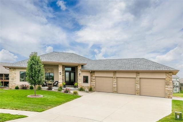 4800 143rd Street, Urbandale, IA 50323 (MLS #567706) :: Better Homes and Gardens Real Estate Innovations