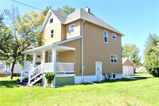 1839 6th Avenue, Grinnell, IA 50112 (MLS #569101) :: Colin Panzi Real Estate Team