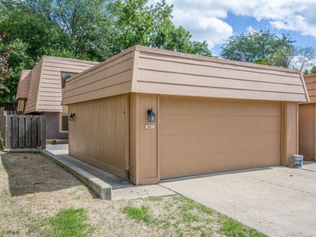 6750 School Street #301, Windsor Heights, IA 50324 (MLS #569219) :: Colin Panzi Real Estate Team