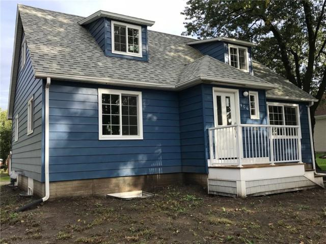 906 E 2nd Street, Pella, IA 50219 (MLS #570834) :: Colin Panzi Real Estate Team