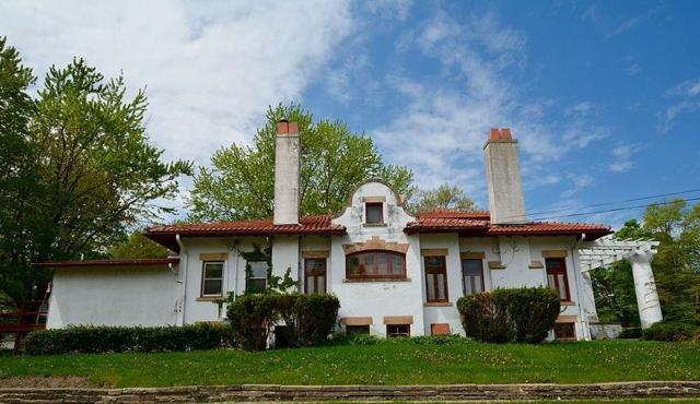 629 1st Avenue E, Newton, IA 50208 (MLS #570963) :: Colin Panzi Real Estate Team