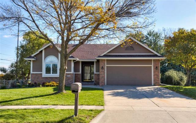 2823 E Leach Avenue, Des Moines, IA 50320 (MLS #571242) :: Colin Panzi Real Estate Team