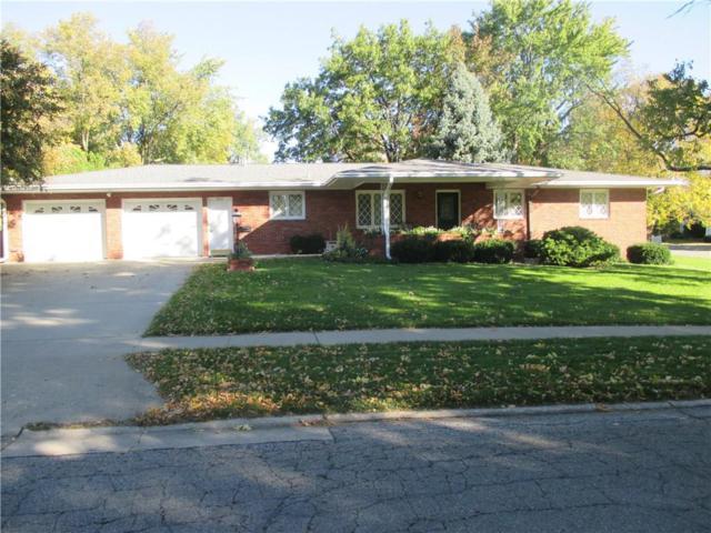 202 Independence Street, Pella, IA 50219 (MLS #571319) :: Colin Panzi Real Estate Team