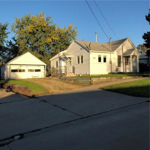 1010 N Kent Street, Knoxville, IA 50138 (MLS #571349) :: Moulton & Associates Realtors