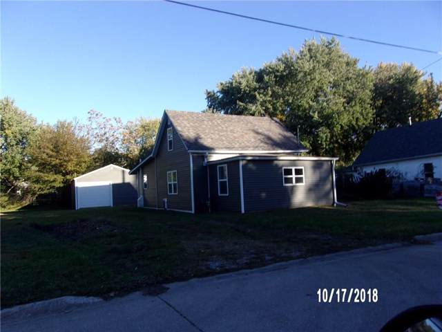 814 E 9th Street N, Newton, IA 50208 (MLS #571385) :: Colin Panzi Real Estate Team