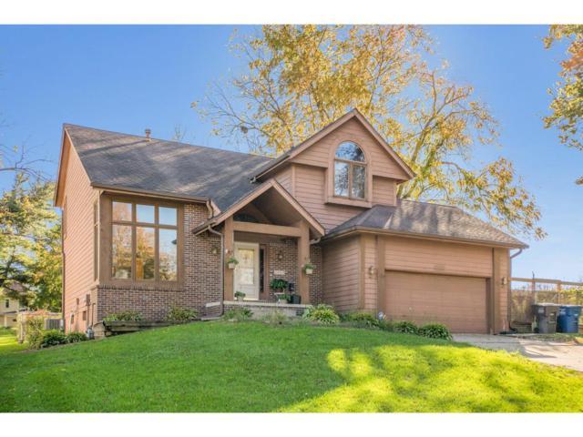 2403 E Rose Avenue, Des Moines, IA 50320 (MLS #571395) :: Colin Panzi Real Estate Team