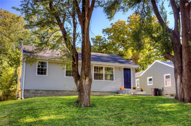 1971 Summit Street, Des Moines, IA 50315 (MLS #571490) :: Colin Panzi Real Estate Team
