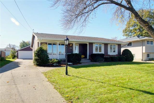 3916 Bel Aire Road, Des Moines, IA 50310 (MLS #571495) :: Colin Panzi Real Estate Team