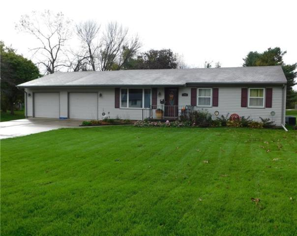 1522 3rd Avenue, Grinnell, IA 50112 (MLS #571541) :: Colin Panzi Real Estate Team