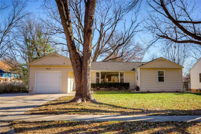 913 17th Street, West Des Moines, IA 50265 (MLS #572692) :: Better Homes and Gardens Real Estate Innovations