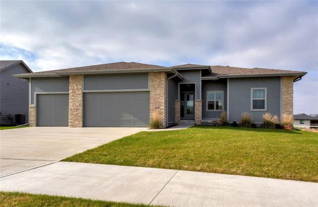 832 NE Westgate Drive, Waukee, IA 50263 (MLS #572852) :: Better Homes and Gardens Real Estate Innovations