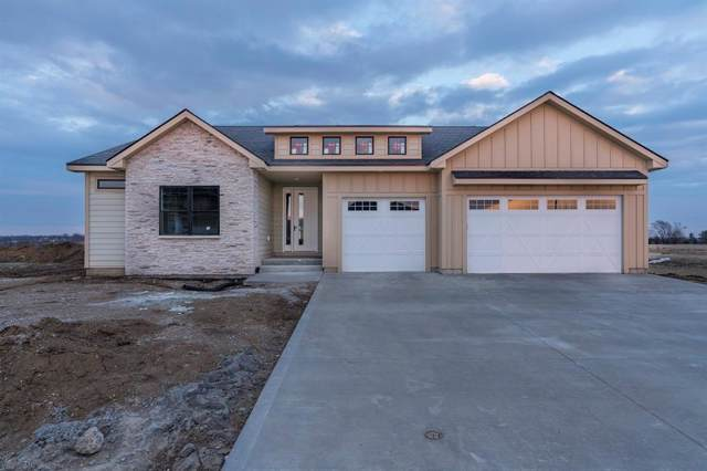 2685 Sunflower Drive, Waukee, IA 50263 (MLS #572860) :: Moulton & Associates Realtors