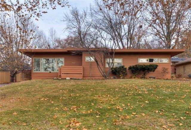 7137 Sunrise Boulevard, Windsor Heights, IA 50324 (MLS #573493) :: Better Homes and Gardens Real Estate Innovations