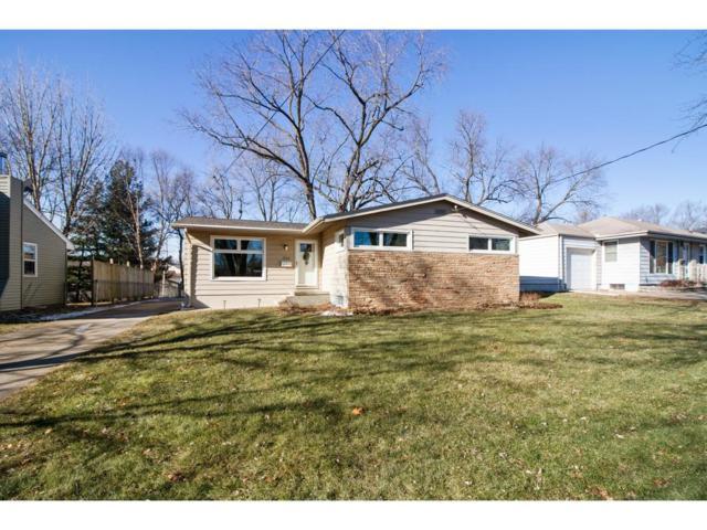700 24th Street, West Des Moines, IA 50265 (MLS #573748) :: Pennie Carroll & Associates