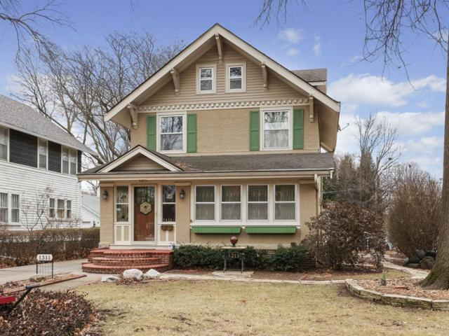 1311 42nd Street, Des Moines, IA 50311 (MLS #575159) :: Moulton & Associates Realtors