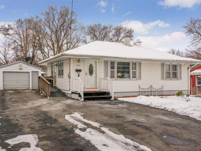 1202 Southlawn Drive, Des Moines, IA 50315 (MLS #575234) :: Moulton & Associates Realtors